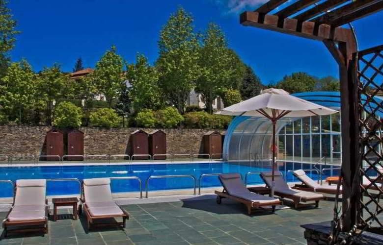Pazo do Rio Hotel & Apartamentos - Pool - 11