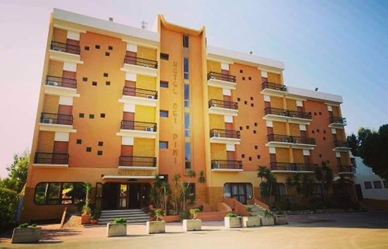 Dei Pini - Hotel - 0
