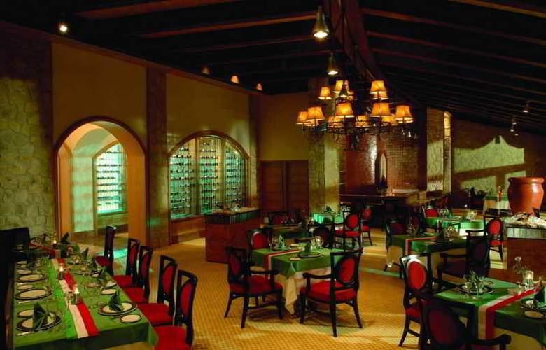 Calista Luxury Resort - Restaurant - 23