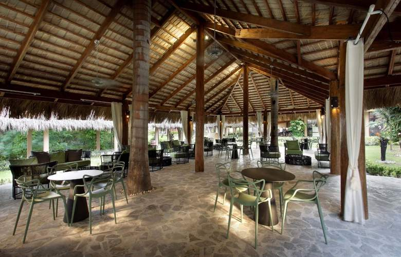 Grand Palladium Punta Cana Resort & Spa  - Bar - 28
