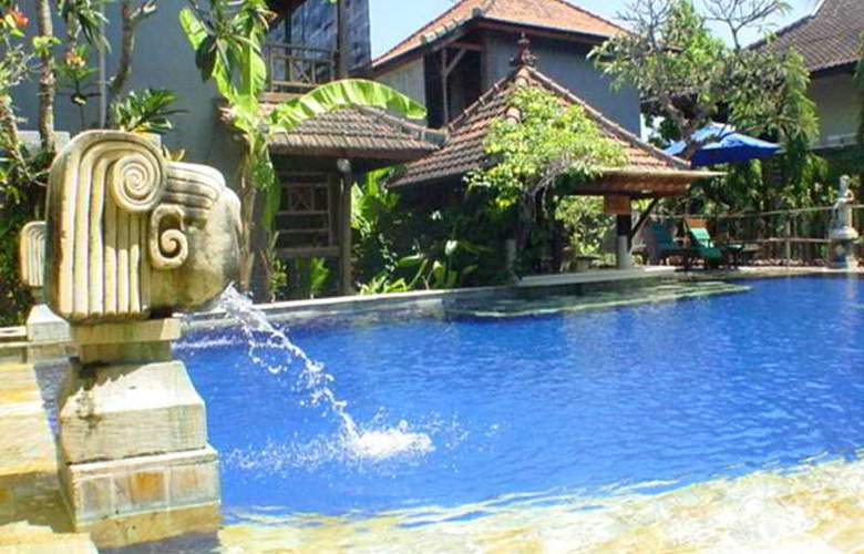 Putu Bali Villa and Spa - Pool - 6