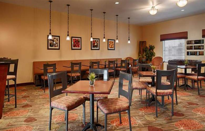 Best Western Plus Duncanville/Dallas - Restaurant - 112