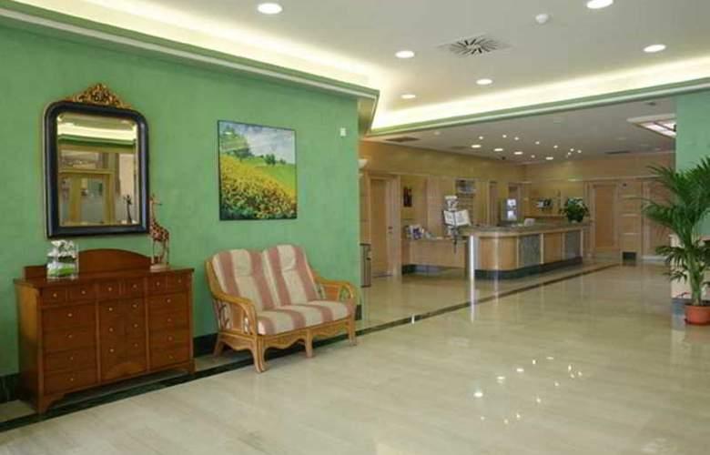 Pineda Park - Hotel - 9