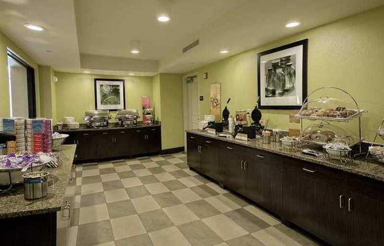 Hampton Inn Tunnel Road - Hotel - 10