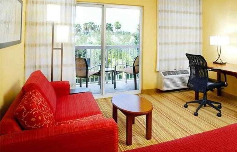Courtyard West Palm Beach Airport - Hotel - 6