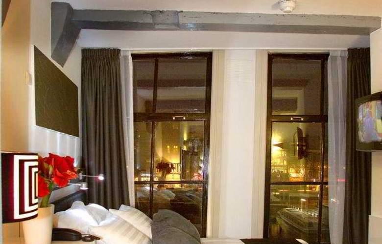 CC Hotel - Room - 2