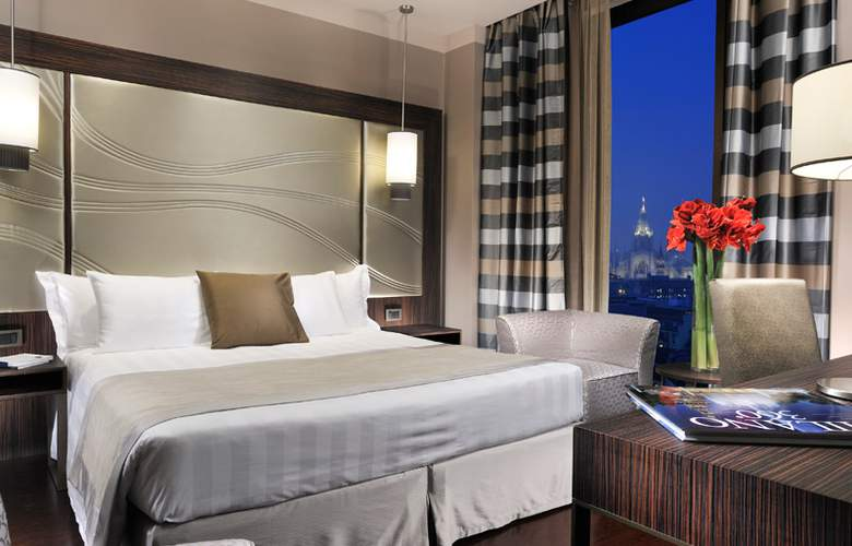 UPTOWN PALACE HOTEL - Room - 1