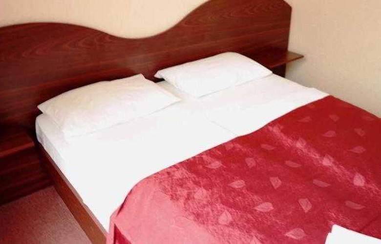 Berlin Hotel - Room - 1