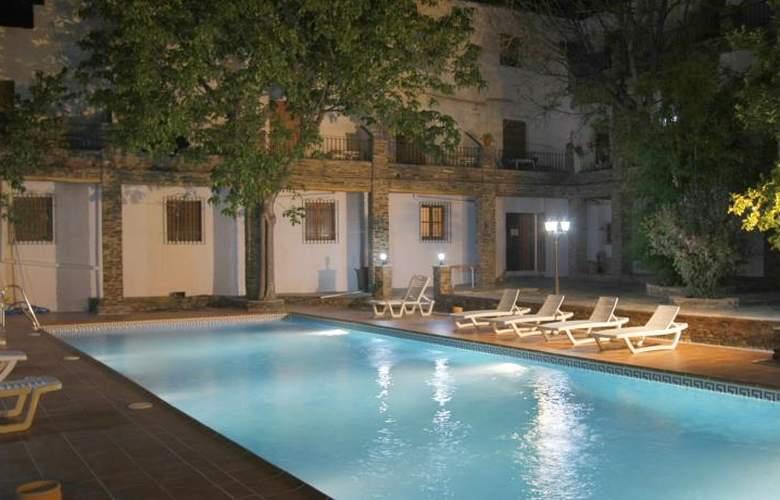 Hostal Poqueira - Hotel - 0