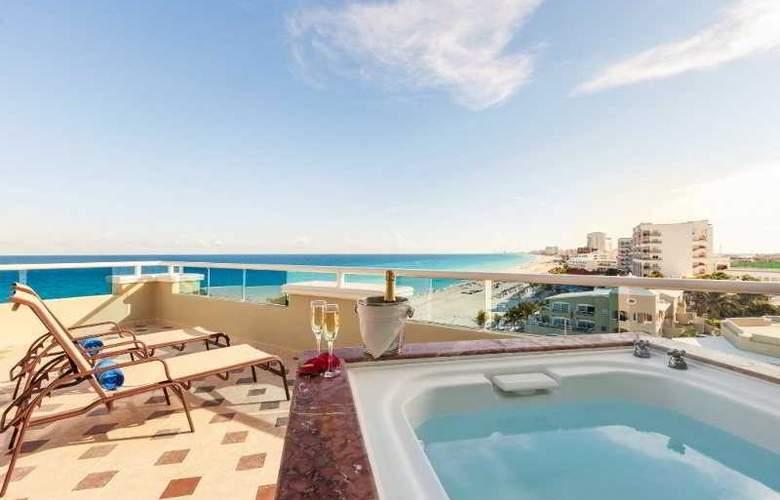 Panama Jack Resorts Gran Caribe Cancun - Terrace - 43