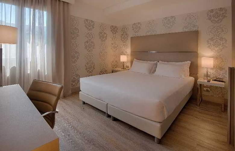 NH Firenze - Room - 21