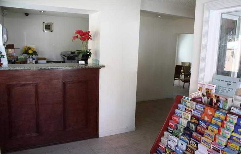 Americas Best Value Inn Los Angeles Downtown - General - 6