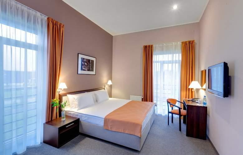 Ramada Lviv - Room - 6
