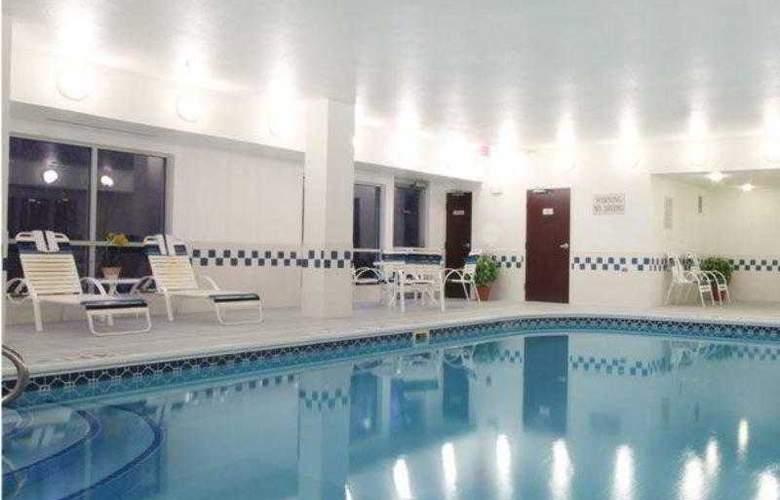 Fairfield Inn Warren Niles - Hotel - 6