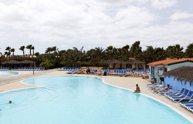 Voi Vila do Farol - Pool - 3