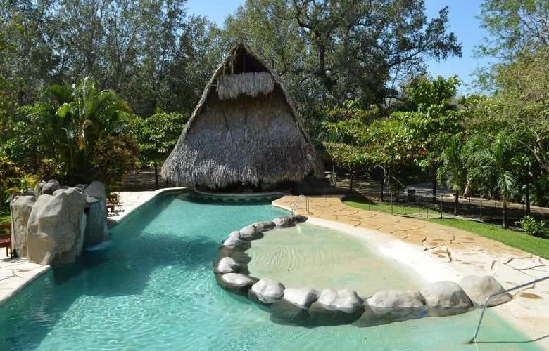 Cañon de la Vieja Lodge - Pool - 21
