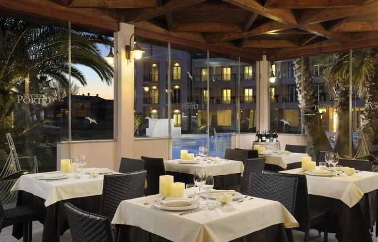 Isola Sacra Rome Airport - Restaurant - 16