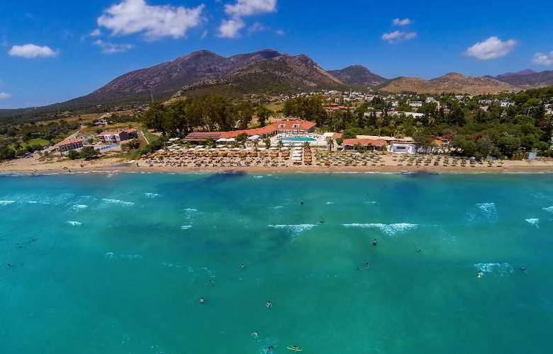 Palm Bay Beach Hotel - Hotel - 6