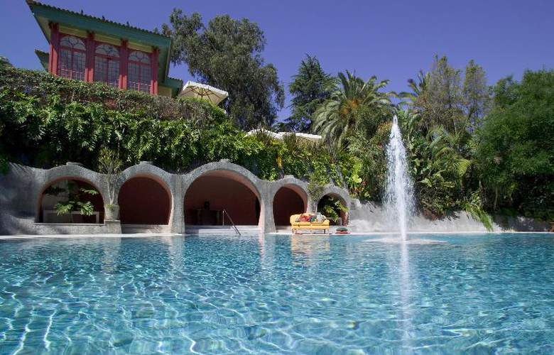 Pestana Palace Hotel and National Monument - Pool - 23