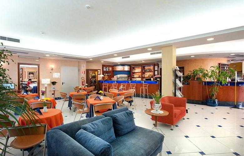 Best Western Blu Hotel Roma - Hotel - 34