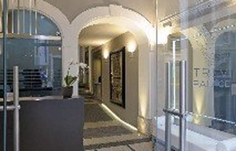 Trevi Palace Luxury Inn - General - 1