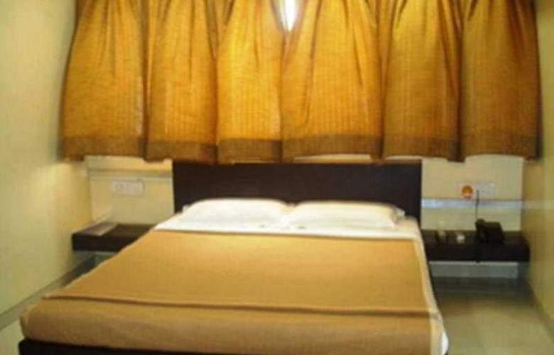 Kamran Residency - Room - 2