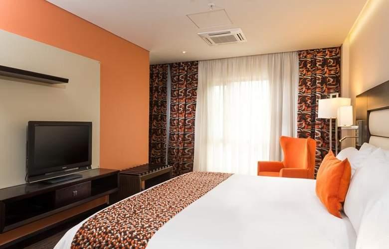 Casa Dann Carlton Bogota - Room - 12