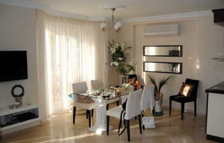 Seven Hotel Apartments - Room - 7