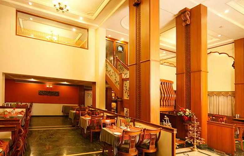 Shree Panchratna - Restaurant - 8