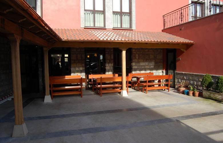 Hotel 2 * y Apartamentos Peña Santa - Hotel - 3