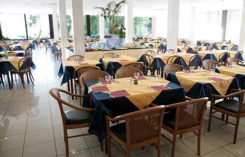 Oxygen Lifestyle - Restaurant - 9