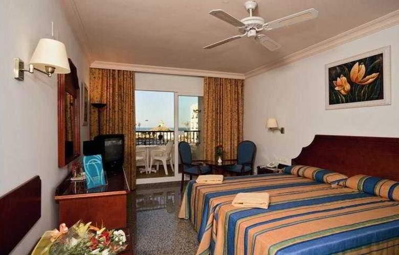 Mac Puerto Marina Benalmádena - Room - 2
