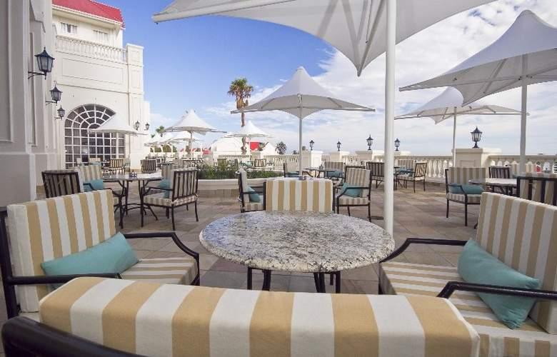 The Boardwalk Hotel - Terrace - 7