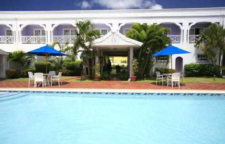 Bay Gardens Inn - Pool - 15