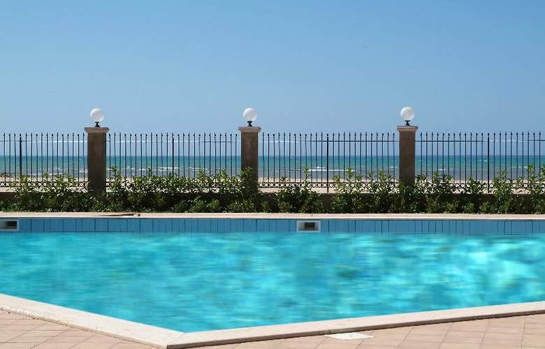 Villa Romana - Pool - 4
