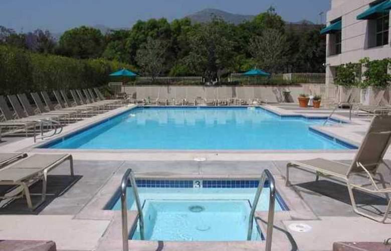 Hilton Los Angeles North/Glendale & Executive - Hotel - 10