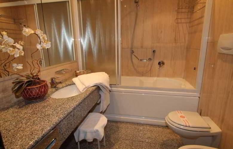 ALFA FIERA HOTEL - Room - 5