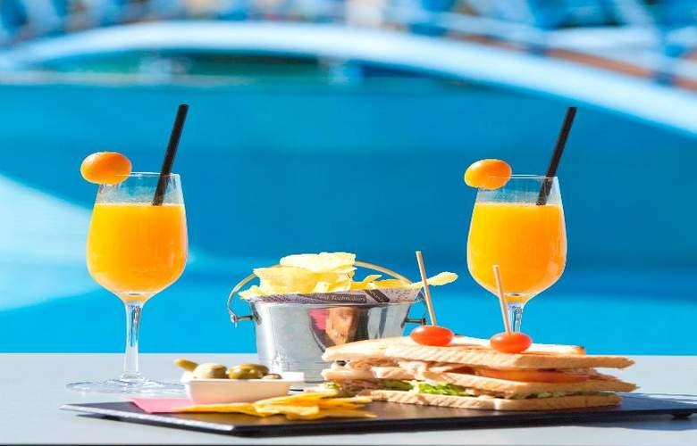 Mon Port Hotel Spa - Terrace - 213
