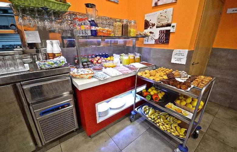 Hotel Puerto Canteras - Restaurant - 14