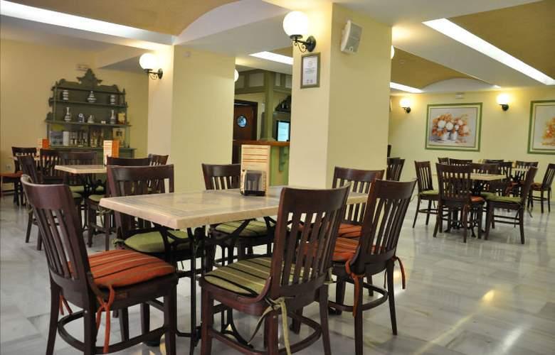 Alboran Chiclana - Restaurant - 5