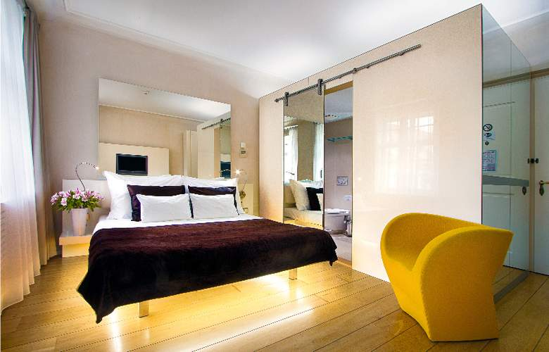 Three Storks Hotel - Room - 6