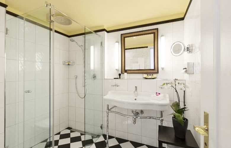 Ambassador Swiss Quality Hotel - Room - 4