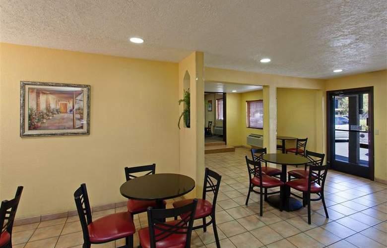 Best Western Desert Villa Inn - Restaurant - 36
