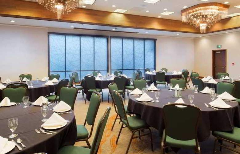 DoubleTree by Hilton Hotel Missoula Edgewater - Conference - 10