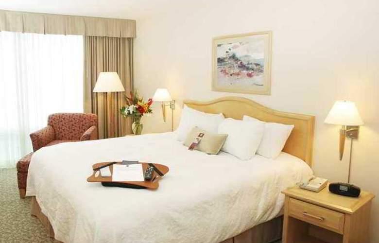 Hampton Inn & Suites by Hilton Downtown Vancouver - Hotel - 12