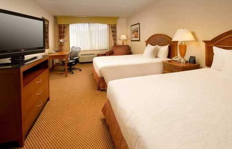 Hilton Garden Inn Columbus - Hotel - 1