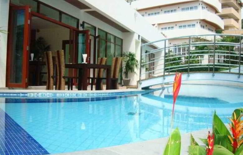 Dewa Karon Beach Phuket - Pool - 10