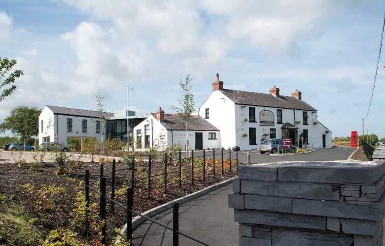 Ballyrobin Country Lodge - Hotel - 0