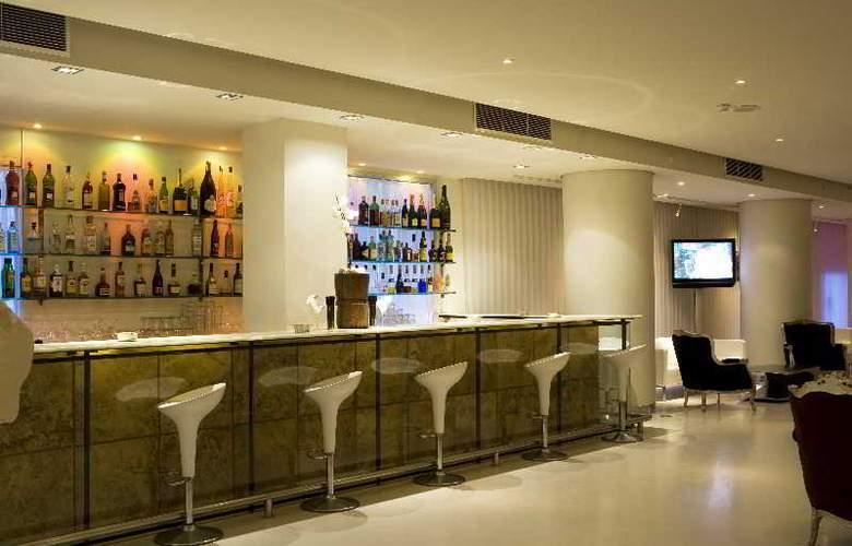 El Hotel Pacha - Bar - 10