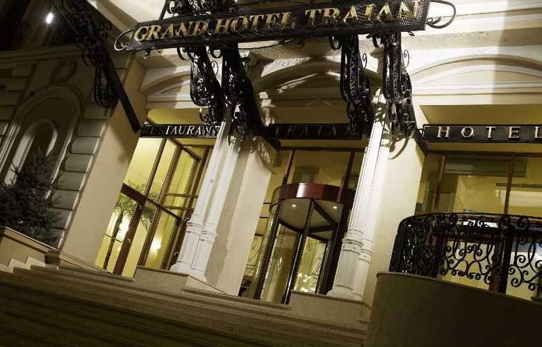 Grand Hotel Traian - Hotel - 2